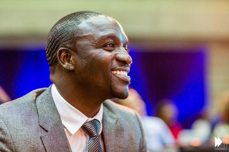 Dossier solaire avec AKON à la Une de Forbes Afrique !  http://www.forbesafrique.com/Forbes-Afrique-et-Trace-Africa-unis-pour-le-top-30-des-artistes-africains-_a117.html  #AkonLighting #COP21