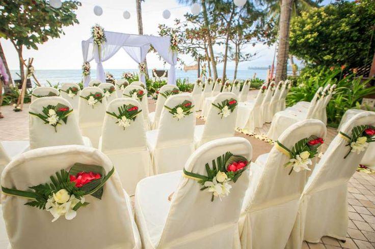 Terrace ceremony at the Faraway Villa #weddingsinthailand #farawayweddings #beachwedding