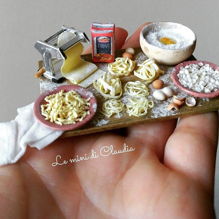 いいね!3,042件、コメント89件 ― Le Mini Di Claudiaさん(@leminidiclaudia)のInstagramアカウント: 「Making pasta #dollshouseminiatures #leminidiclaudia #dollhouseminiature #miniaturefood」