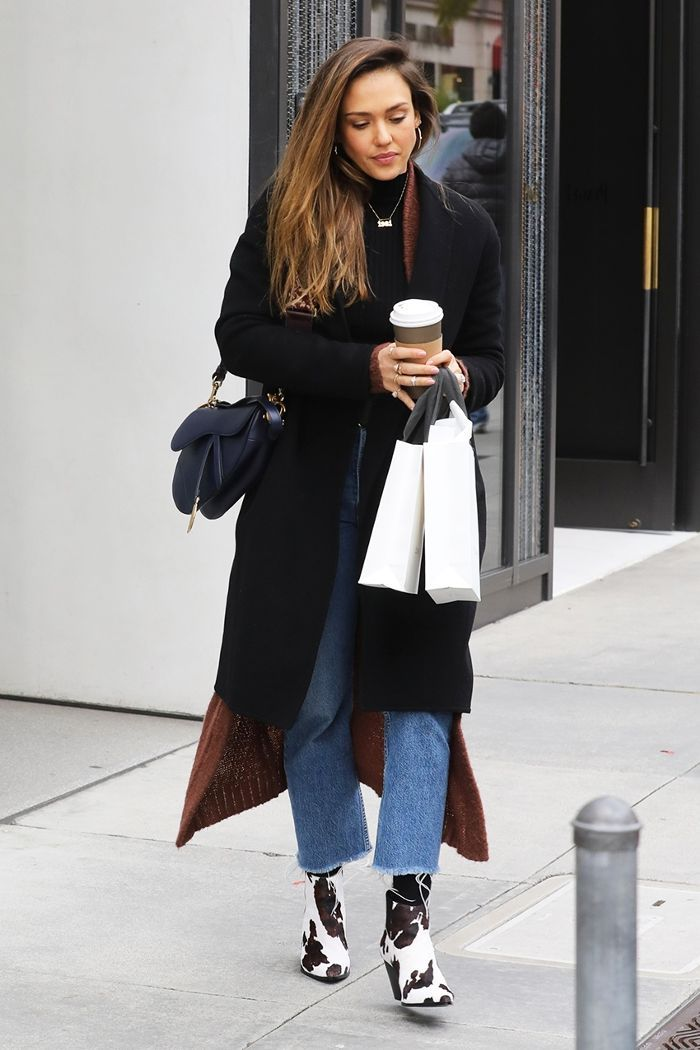 9f2b8cd18b10af Jessica Alba Wore Mango s Most Highly Coveted Ankle Boots in Beverly ...