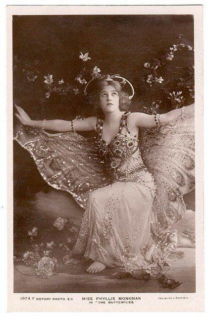 butterflyPhyllis Monkman, Beautiful, Butterflies Wings, Photos Shoots, Butterflies Girls, Vintage Butterflies, Vintage Costumes, Actresses, Fairies Costumes