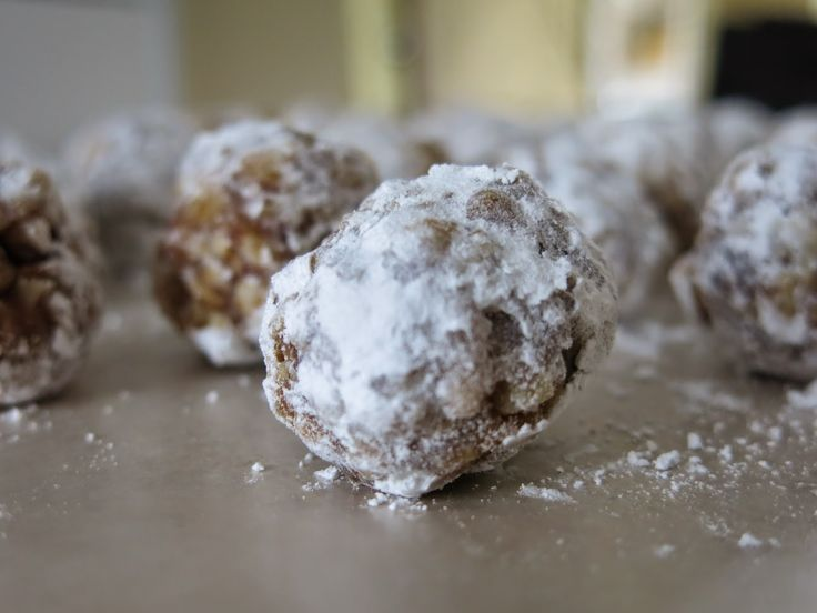 Humdingers. No-bake cookie balls with Rice Krispies and chopped dates.