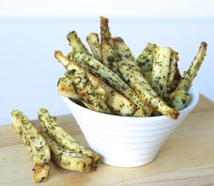 Move over potato chips, parsnip chips are the new kids on the block! A simple, whole food gluten free chip recipe.
