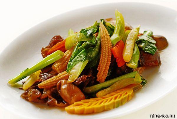 Овощи по-тайски, пат пак руам-мит, пхат пхак руам, тайские рецепты, тайская кухня