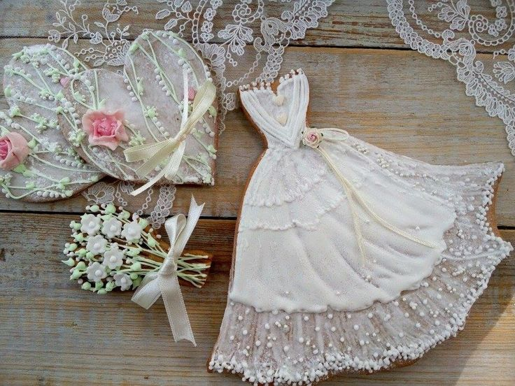 188 best Dress Cookies images on Pinterest | Decorated cookies ...