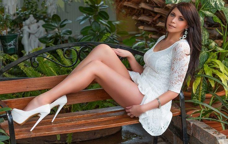 Mode unter 30€ - günstige Mode - Blazer - Kleider - Shirts - Blusen - Hosen - Bikini ... - online Kaufen!