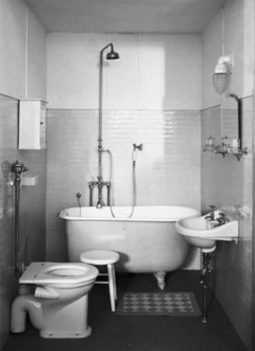 95 best images about 1940s bathroom on pinterest vintage for Bathroom ideas 1930s semi
