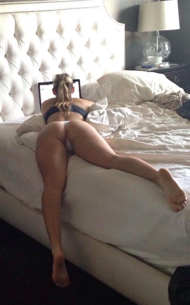 Hot girl nude backside beaudiful anal ass 1