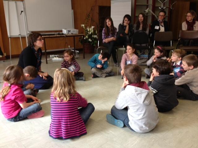 Atelier philo avec les élèves de maternelle de Chantilly et Edwige Chirouter