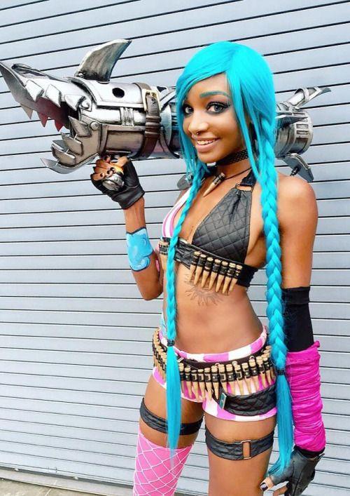 Jinx cosplay