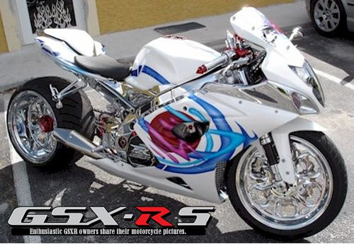 2005 GSXR 1000   White Chrome