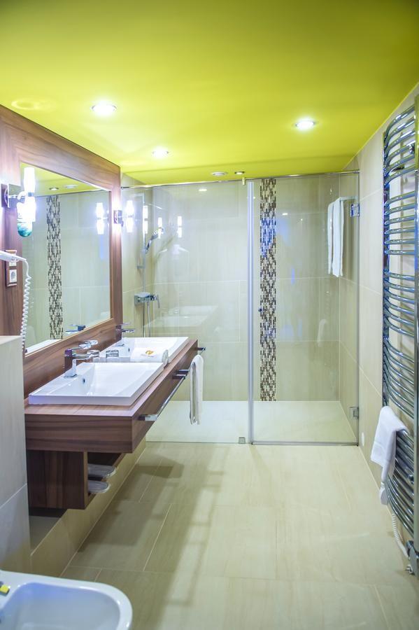 318 best Bathroom images on Pinterest Bathroom, Bathrooms and - komposteimer für die küche