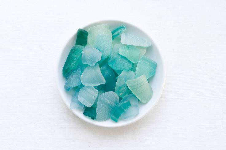 Japanese Aquamarine Bottle Rim Lips Sea Glass, Bulk 40 pieces,Beach Finds,Coastal Home Decor,Nature Art,Craft Supply,Mosaic,Rare Sea glass by ReverseGem on Etsy
