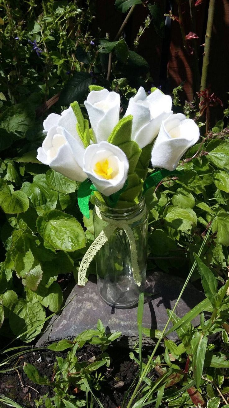 single stem felt tulips (1) made to order by ThinkSleepy on Etsy