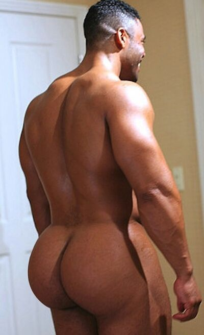 black beefy cakes nude