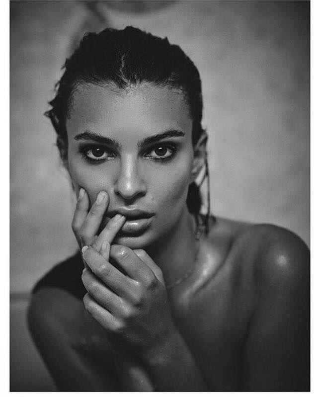 Emily Ratajkowski es una actriz y modelo británico-estadounidense-Image may contain: 1 person, closeup