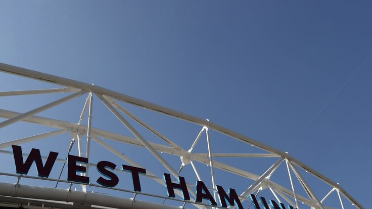 West Ham fans urged to stop calling emergency number #News #DavidMoyes #EssexPolice #Football #Police