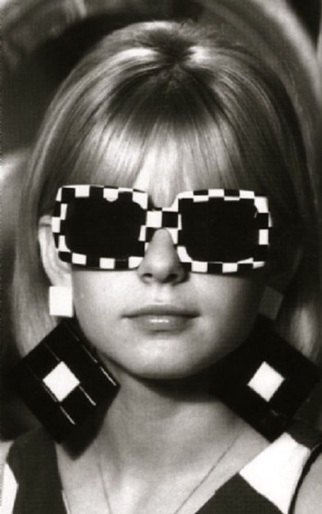 black & white french clothing | 1960s 60s france gall french french pop sunglasses black and white