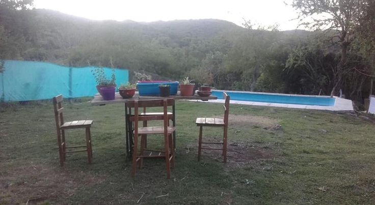 Cabaña La Escondida Salsipuedes Situated in Salsipuedes, Cabaña La Escondida is a chalet boasting an outdoor pool. Guests benefit from patio.  The kitchen is fitted with a stovetop.  Cordoba is 35 km from Cabaña La Escondida, while Villa Carlos Paz is 37 km away.