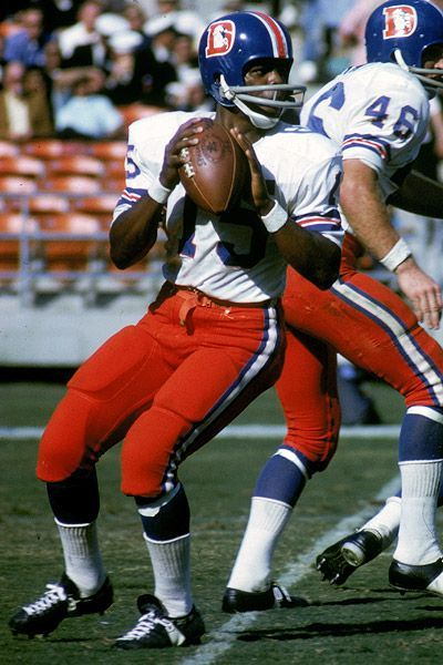 Marlin Briscoe Denver Broncos 1968, Buffalo Bills 1969-71, Miami Dolphins 1972-74, San Diego Chargers/Detroit Lions 1975 and New England Patriots 1976.