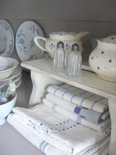 oldandshabby:  (via Pin by linda french merritt on decor 4 country, french country, cotta…)