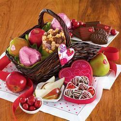 valentine day gift basket for him diy