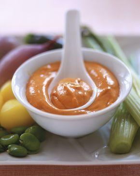 La salsa rubra è una salsa di accompagnamento adatta a condire piatti di carne, non bisogna confonderla né con il ketchup né con la salsa rossa.
