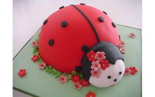 Háčkování s láskou: Beruškové dorty pro holčičky