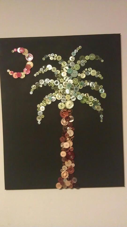 button palmetto tree !