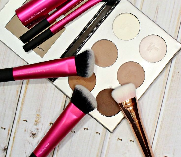 4 Steps to a Natural Contour feat. Real Techniques Makeup Brushes