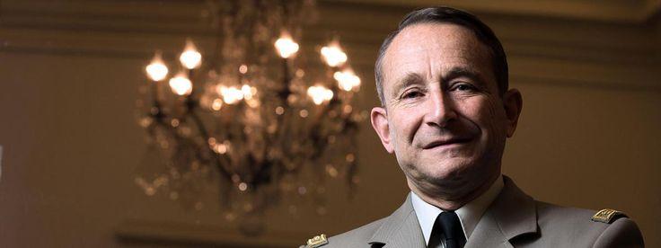Le général Pierre de Villiers, chef d\'état-major des armées, après sa prise de fonction, le 17 janvier 2014.