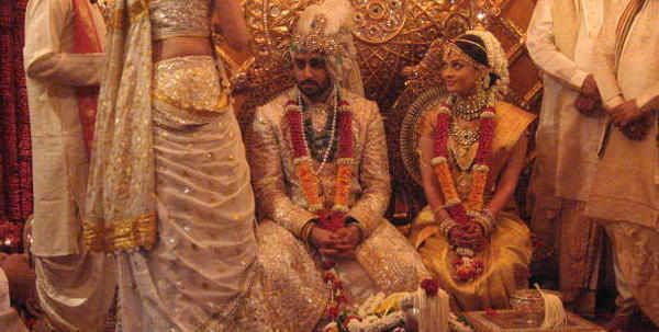 Funny Pictures, Jokes and Gifs / Animations: Wedding Pictures Album of Aishwarya Rai, Kareena K...
