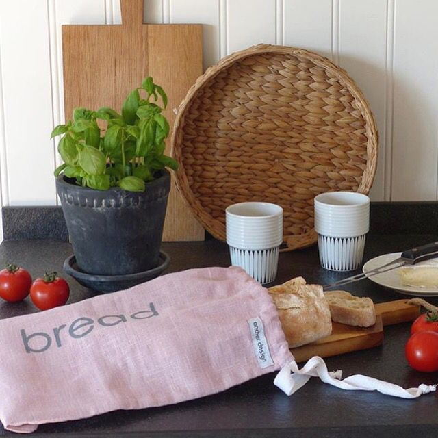 Our dusty pink bread bag in linen