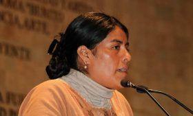 Exhorta Eufrosina Cruz a debatir sin miedo la eliminación del fuero