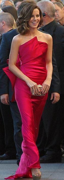 Kate Beckinsale in Donna Karan 2012 Total Recall Premier in Ireland