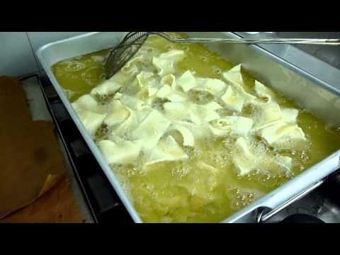 Ricetta dolce Carnevale : Castagnole - Come Preparare Dolce Tradizionale Ligure : Video - YouTube