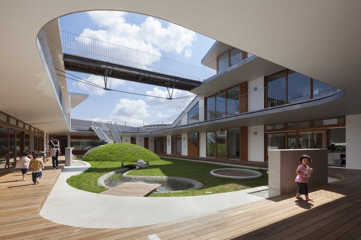 Amanenomori Nursery School  / Aisaka Architects' Atelier
