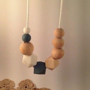 Silver Oak teething necklace #ohswag #stylishmamas #mamafashion