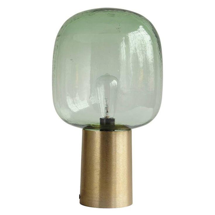 Deze tafellamp lijkt op een hele grote bulb! Het groene glas staat in een goud aluminium koker en zorgt voor wel heel sfeervolle verlichting! De tafellamp Note