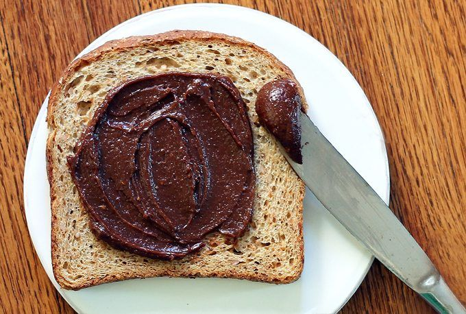 Homemade Nutella recipe from @choccoveredkt lets you control how much sugar goes in. Low-fat, low-sugar, vegan, gf options. Get the recipe: http://chocolatecoveredkatie.com/2012/01/09/better-than-nutella/