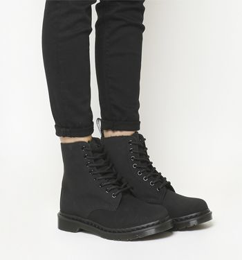 Dr. Martens, Pascal Fur Lined Boots, Black Leather
