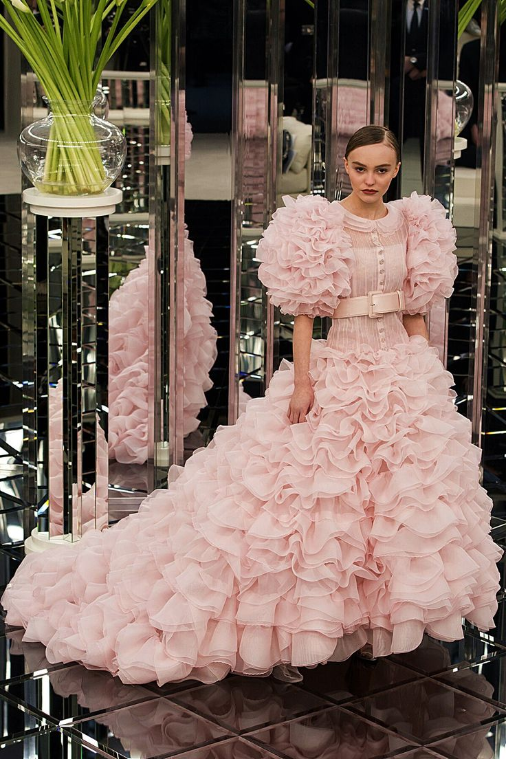 The 1093 best FASHION PINK images on Pinterest | Fashion photo ...