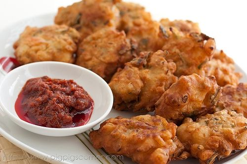 Cucur Udang/ Bawang (Prawn & Onion Fritters) by pigpigscorner, via ...