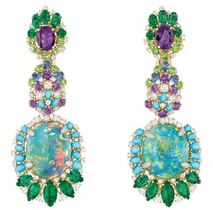 Dear Dior Bouquet d'Opales Earrings