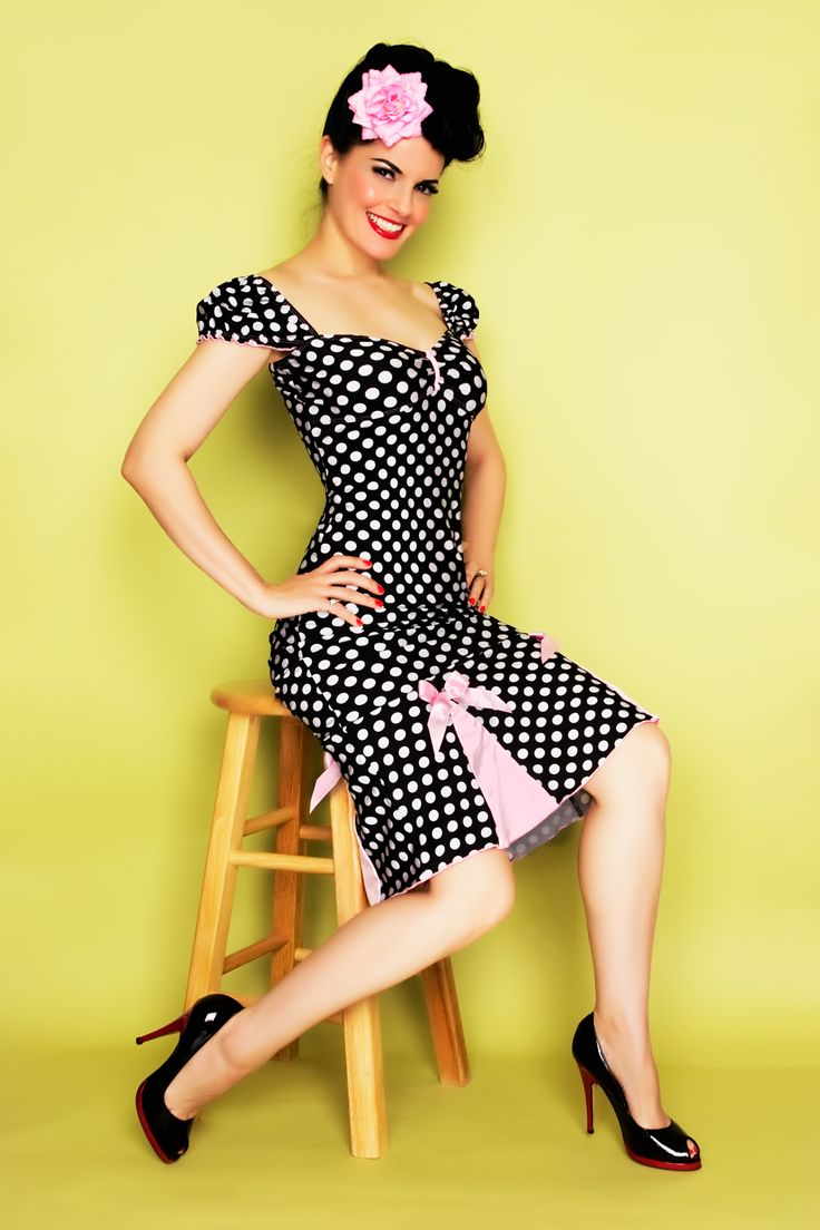 What is pin-up girl style dress