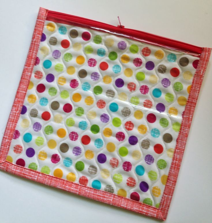 Poly Pockets (see through zipper pouch tutorial)