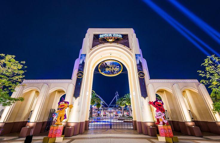 EVENT JEPANG - UNIVERSAL STUDIOS JAPAN HADIRKAN FINAL FANTASY DAN SAILOR MOON | ARTFORIA.COM  Event Jepang – Sebuah tempat hiburan terkenal yaitu Universal Studios Japan atau disingkat USJ akan memiliki event menarik yang akan datang, taman hiburan Universal Studios Japan adalah salah satu dari ke 4 Universal Studios yang ada didunia yang dimiliki dan dikelola oleh USJ Co., Ltd. Untuk Universal Studios Japan berlokasi di Osaka yang dibuka sejak tahun 2001. Taman bermain ini merupakan taman…