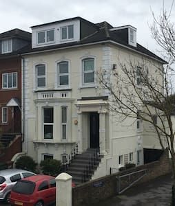 Check out this awesome listing on Airbnb: Entire 1 bed apartment near Heathrow and London. - Flats for Rent in Staines-upon-Thames, England, United Kingdom