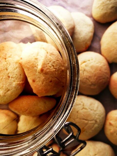 Biscoitos de Limão/  Lemon Cookies