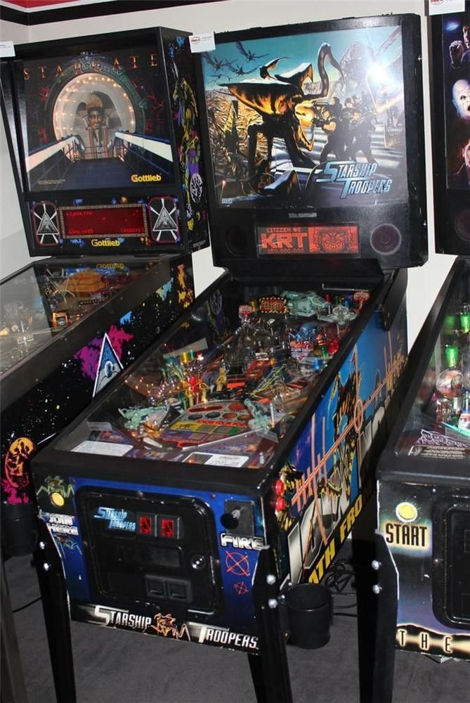 "STARSHIP TROOPERS Pinball Machine - Sega 1997 - ""Be a Trooper!!"""